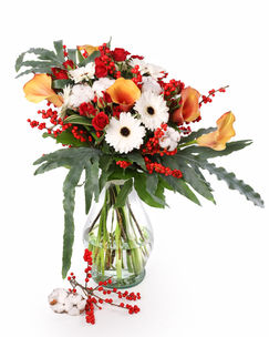 Winter bouquet with gerbera and callas